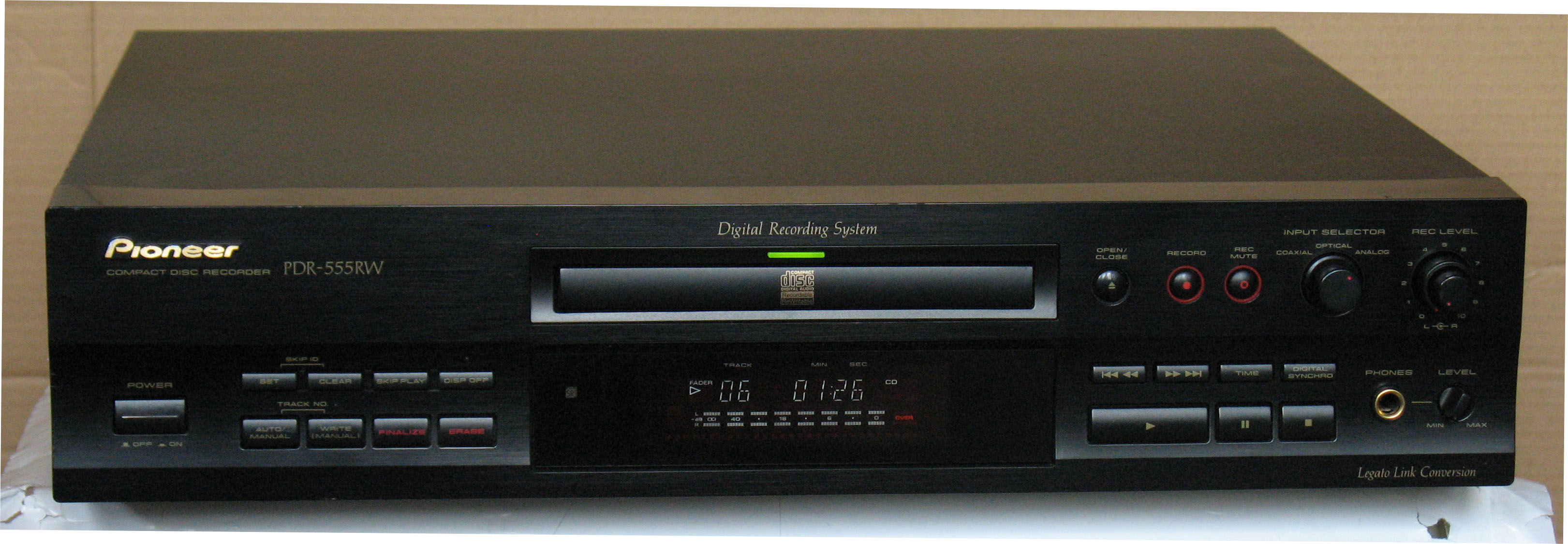 Pioneer PDR 555 RW Untitled-125